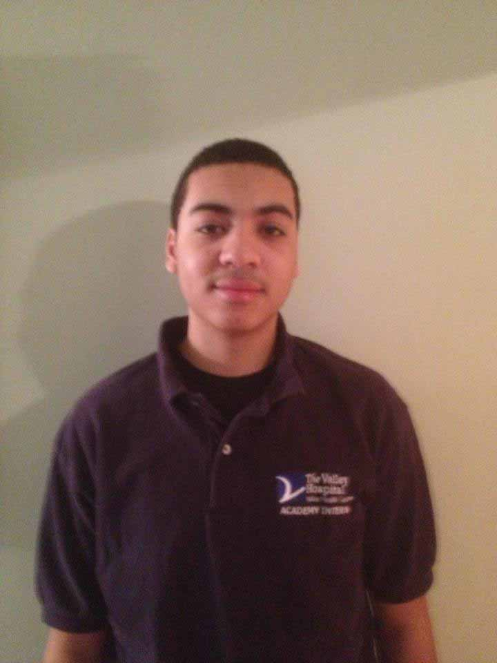 Anthony Vincent Interns at Valley Hospital
