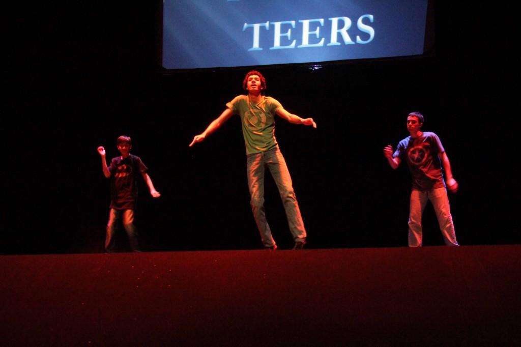 THREE-POP-A-TEERS (3)