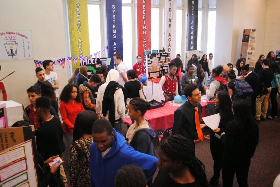 DMAE History Fair Links Past to Present: Provides Practice of National History Day