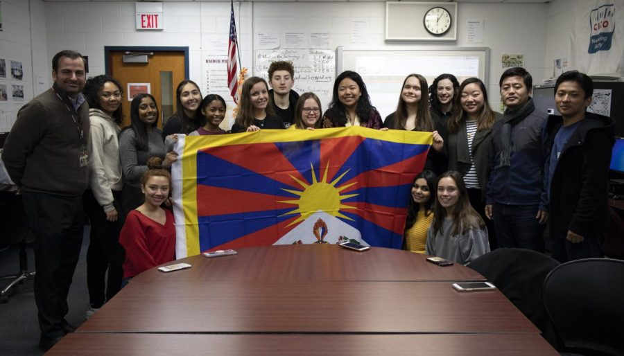 Tibet Club Gives $1000 Donation